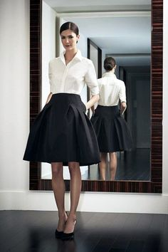 Outfits Mode für Frauen 2019 - I have this skirt and shirt. I would wear it to a gala as cocktail attire:) - Women Spring/Summer Fashion - 2019 Classic Work Outfits, Classy Outfits For Women, Office Outfits Women, Summer Work Outfits, Mode Outfits, Clothes For Women, Work Clothes, Skirt Outfits, Clothes Shops