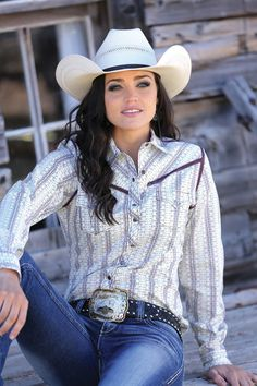 The cowgirl look is popular here in Houston TX USA. Hot Country Girls, Country Girl Style, Country Women, Country Fashion, Country Outfits, Country Dresses, Cowgirl Look, Sexy Cowgirl, Western Girl