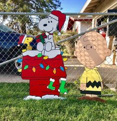 Excited to share this item from my shop: Snoopy dog house Christmas yard art Diy Christmas Yard Art, Snoopy Christmas Decorations, Diy Christmas Lights, Christmas Wood, Christmas Crafts, Christmas Makeup, Charlie Brown, Wood Yard Art, Peanuts Christmas