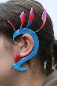 Humming Bird hearing aid by Ashley Temudo, Designing for the Future Competition 2010  #hearingaids