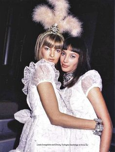 Linda Evangelista and Christy Turlington at the backstage of Anna Sui Fashion Show, Spring/Summer 1994