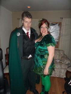 Poison Ivy and Ras Al Ghul Ras Al Ghul, Poison Ivy Costumes, Halloween Diy, Cosplay Costumes, That Look, Sari, Cool Stuff, Top, Fashion