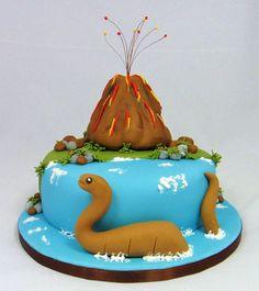 Vulcano & Dinosaur Cake 07917815712 www.fancycakesbylinda.co.uk www.facebook.com/fancycakeslinda