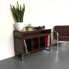 Condor Stacked Media Console Vinyl Record Storage Solid Wood