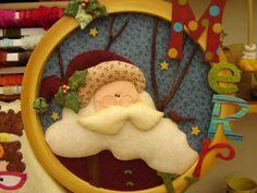 cuadro pachawork sin aguja Christmas 2016, Christmas Crafts, Christmas Decorations, Christmas Ornaments, Holiday Decor, Wool Felt, Santa, Kids Rugs, Diy Crafts