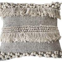 _o0a2692 White Beads, Cushion Covers, Shag Rug, Carpet, Cushions, Beige, Blanket, Rugs, Lifestyle