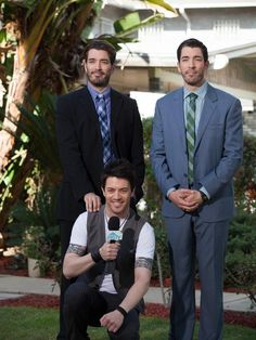 Behind-the-scenes of #BroVsBro with @mrsilverscott and @MrJDScott!