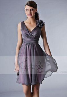 Coupe parfaite!  http://www.maysange.com/120-2242/femme-robe-de-cocktail-bourgeoisie.jpg