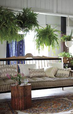 beautiful rug in a beautiful room http://rstyle.me/n/qrhxvr9te