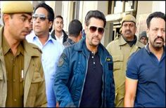 The Supreme Court Wednesday issued notice to filmstar Salman Khan on a plea by the Rajasthan government challenging the stay on his conviction and sentencing in a blackbuck hunting case.