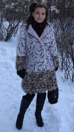 """Пальто выполнено в технике """"crazy wool"""""""