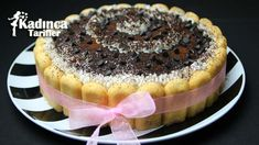 Doğum Günü İçin Yaş Pasta Tarifi nasıl yapılır? Doğum Günü İçin Yaş Pasta Tarifi'nin malzemeleri, resimli anlatımı ve yapılışı için tıklayın. Yazar: Sümeyra Temel