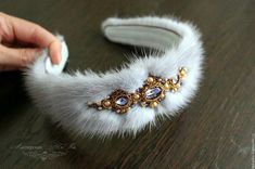 Textile Jewelry, Fabric Jewelry, Beaded Jewelry, Beaded Bracelets, Diy Headband, Ear Headbands, Headpiece Jewelry, Hair Jewelry, Diy Hair Accessories