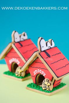 Snoopy Dog House Cookie Cutter Set by 3DCookieCutterShop on Etsy