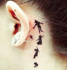 Ideen für Ohr-Tattoos | POPSUGAR Deutschland