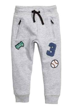 Soft sweatpants in a cotton blend. Elasticized drawstring waistband, side pockets with concealed zip, and ribbed hems. Toddler Fashion, Boy Fashion, Baby Boy Outfits, Kids Outfits, Baby Kids Wear, Boys Joggers, Stylish Boys, Kids Pants, Kind Mode