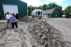 Along flooded road west of Loveland, neighborliness really means something - Loveland Reporter-Herald