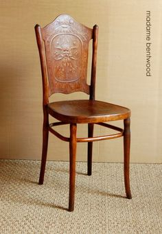 1000 images about thonet on pinterest bentwood chairs. Black Bedroom Furniture Sets. Home Design Ideas