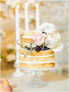 Alomonry Barn - Fine art wedding photographer UK_009