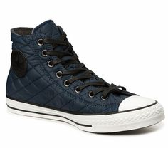 If you like the quilted trend you'll love these sneakers from @converse . It's yours for about $105. Available at @boozt  ❤   #menswear #mensclothing #mensfashion #autumnfashion #man #boots #sneakers #shoes #converse #quilted #instashoes
