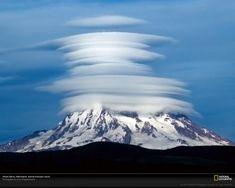 Lenticular-clouds-on-Mt-Rainier.jpg                              …