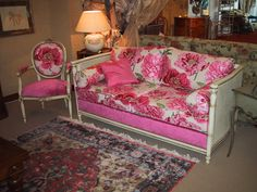 Italian Classic Furniture    French Country Living Rooms