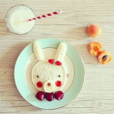"""Adorable """"Bunny Breakfast"""" that will get kids excited for a hearty breakfast!"""