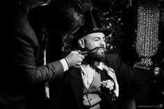 noivo na festa de casamento