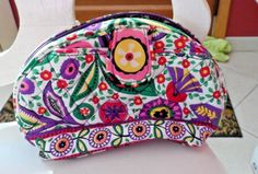 16.50$  Buy here - http://vibfp.justgood.pw/vig/item.php?t=ylkvzf84885 - Vera Bradley cosmetic in Viva La Vera pattern