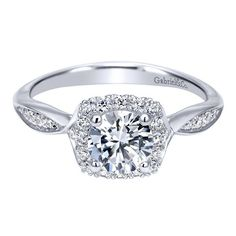 14K White Gold .98cttw Flaired Halo Round Diamond Engagement Ring