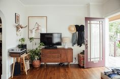 Laid-Back, Vintage California Style in Echo Park
