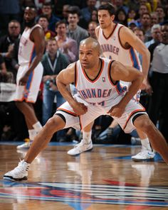 Derek Fisher locks in on defense. Thunder up Oklahoma City Thunder Basketball, Nba Basketball, Derek Fisher, Nba Players, Baby Daddy, All Star, Uh Huh, Buttercup, My Love