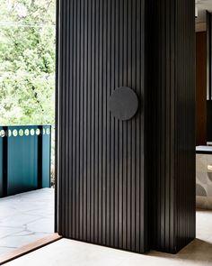 Eaglemont House by Kennedy Nolan - Uși - Door Design Door Design Interior, Main Door Design, Front Door Design, Front Door Entrance, House Entrance, Entry Doors, Front Doors, Front Door Handles, Modern Entrance Door