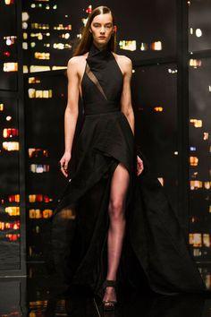 Donna Karan at New York Fashion Week Fall 2015 | Stylebistro.com