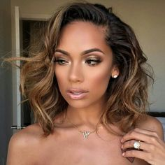 2018 Winter Hair Color Ideas for Black Women. Bold and Vibrant hair color shades for the winter 2018 season. This winter it's time to break free from mundane hair shades of black and brown an… Curly Hair Styles, Natural Hair Styles, Remy Human Hair, Gorgeous Hair, Amazing Hair, Hair Dos, Bob Hairstyles, Long Haircuts, Her Hair