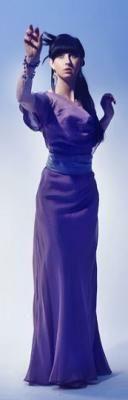 Długa suknia na sylwestra bez pleców, wykrój do pobrania od Papavero.