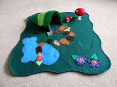 Fairy Play Mat. About 25 by 22 .Fairy Garden. Fairy por Maycasews