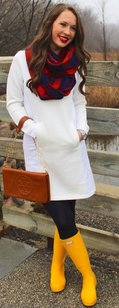 Winter white sweatshirt dress + navy and red checkered scarf + yellow hunter boots + Tory burch + navy cable knit tights + red lip