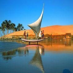 Jangada, embarcação típica do estado do Ceará, Brasil.