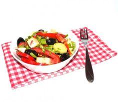 #Reteta #Salata greceasca Feta, Fruit Salad, Salad Recipes, Green, Salads, Fruit Salads, Recipes For Salads, Macedonia