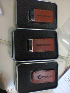 engrave laser on leather media Of usb