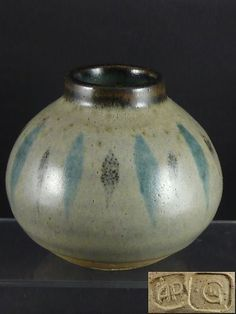 Have one to sell? Sell it yourself  GEOFFREY WHITING Personal Seal Studio Pottery Vase