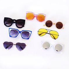 Óculos é aquele acessório indispensável na hora de compor um look.  Dependendo do modelo, bf6026ba7f