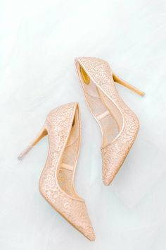 Rose Gold Wedding Shoes Rose Gold Wedding Shoes, Bridal Shoes, Exclusive Shoes, Popular Shoes, Garden Styles, Types Of Shoes, Wedding Portraits, Autumn Fashion