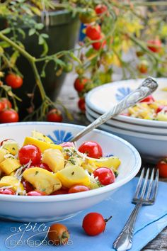 Yellow Summer Squash with Blistered Tomatoes | ASpicyPerspective.com #sidedish #squash #tomatoes