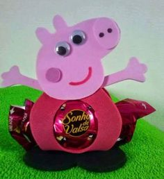 Arts And Crafts Pottery Info: 3857961058 Sand Crafts, Foam Crafts, Diy And Crafts, Crafts For Kids, Diy Gift Box Template, Aniversario Peppa Pig, George Pig, Pig Party, Ideas Para Fiestas