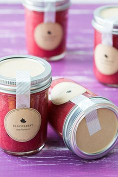 Blackberry Applesauce canning recipe with free printable label.