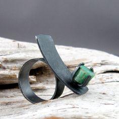 Raw Emerald Silver Ring by ElementalAlchemist.
