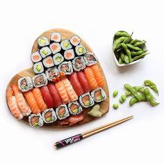 Sushi loves you back ❤️🍣❤️🍣 Made by YouMeSushi See sushi recipes on www.makesushi.com