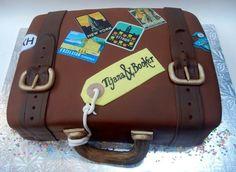 How to Make Suitcase Cake Luggage Cake, Suitcase Cake, Beautiful Cakes, Amazing Cakes, Cakes Without Fondant, Farewell Cake, Cake Design Inspiration, Travel Cake, Cupcakes